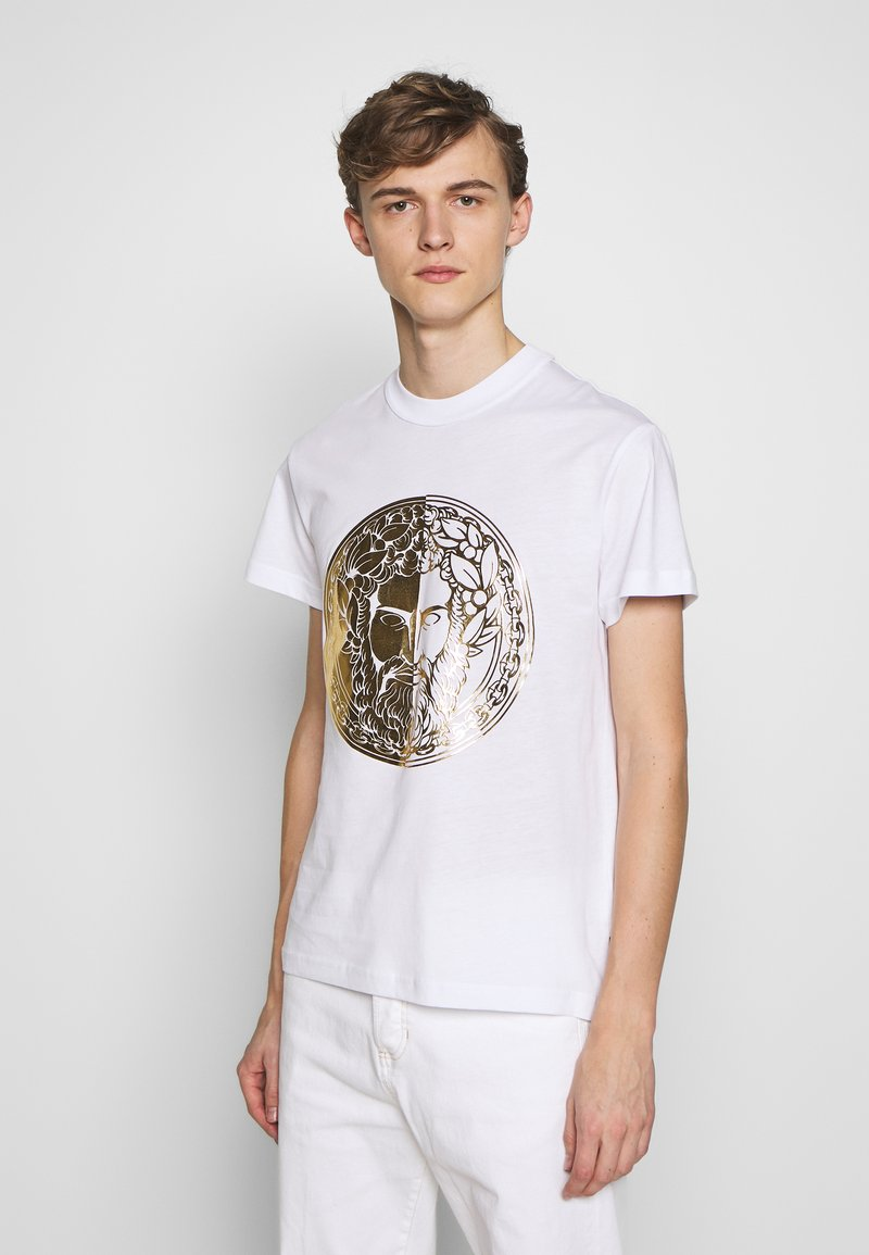 Versace Jeans Couture - WITHOUT THE BE BAROQUE PATCH - T-shirt imprimé - white