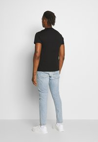 Versace Jeans Couture - WITHOUT THE BE BAROQUE PATCH - T-shirt print - black - 2