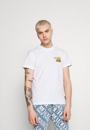 SMALL FOIL LOGO - T-shirt con stampa - white/gold