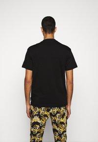 Versace Jeans Couture - MOUSE - T-shirts print - black - 2