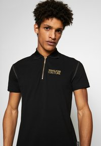 Versace Jeans Couture - ZIP POLO - Koszulka polo - black - 5