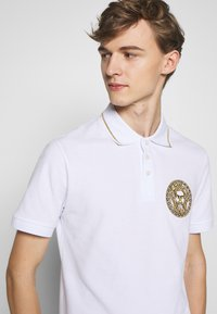 Versace Jeans Couture - EMBROIDERY - Polo - white
