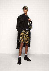 Versace Jeans Couture - PLAIN - Poloshirt - black - 1