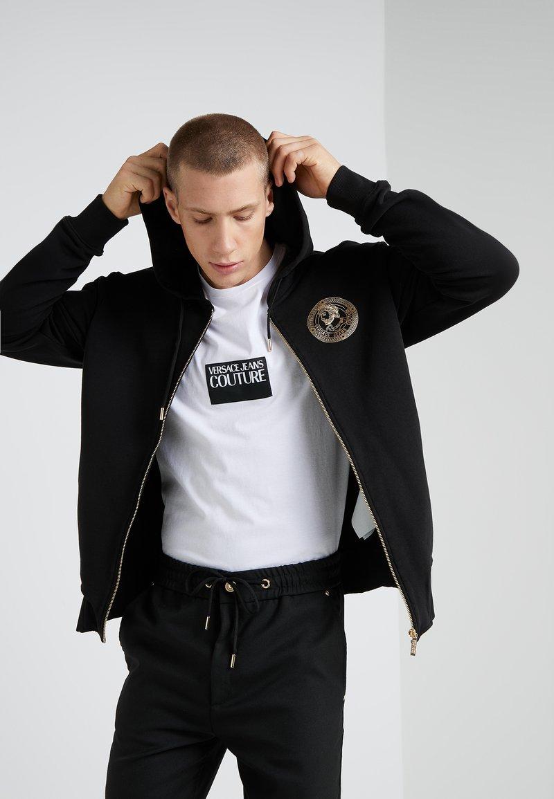 Versace Jeans Couture - FELPE UOMO - Felpa aperta - nero