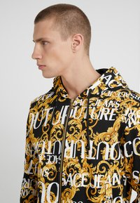 Versace Jeans Couture - ZIP THROUGH HOODIE - Zip-up hoodie - nero - 4