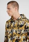 Versace Jeans Couture - ZIP THROUGH HOODIE - Sudadera con cremallera - nero