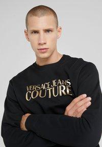 Versace Jeans Couture - LOGO  - Sweatshirt - black - 3