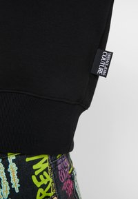 Versace Jeans Couture - EMBROIDERED HOODIE - Hoodie - black - 6