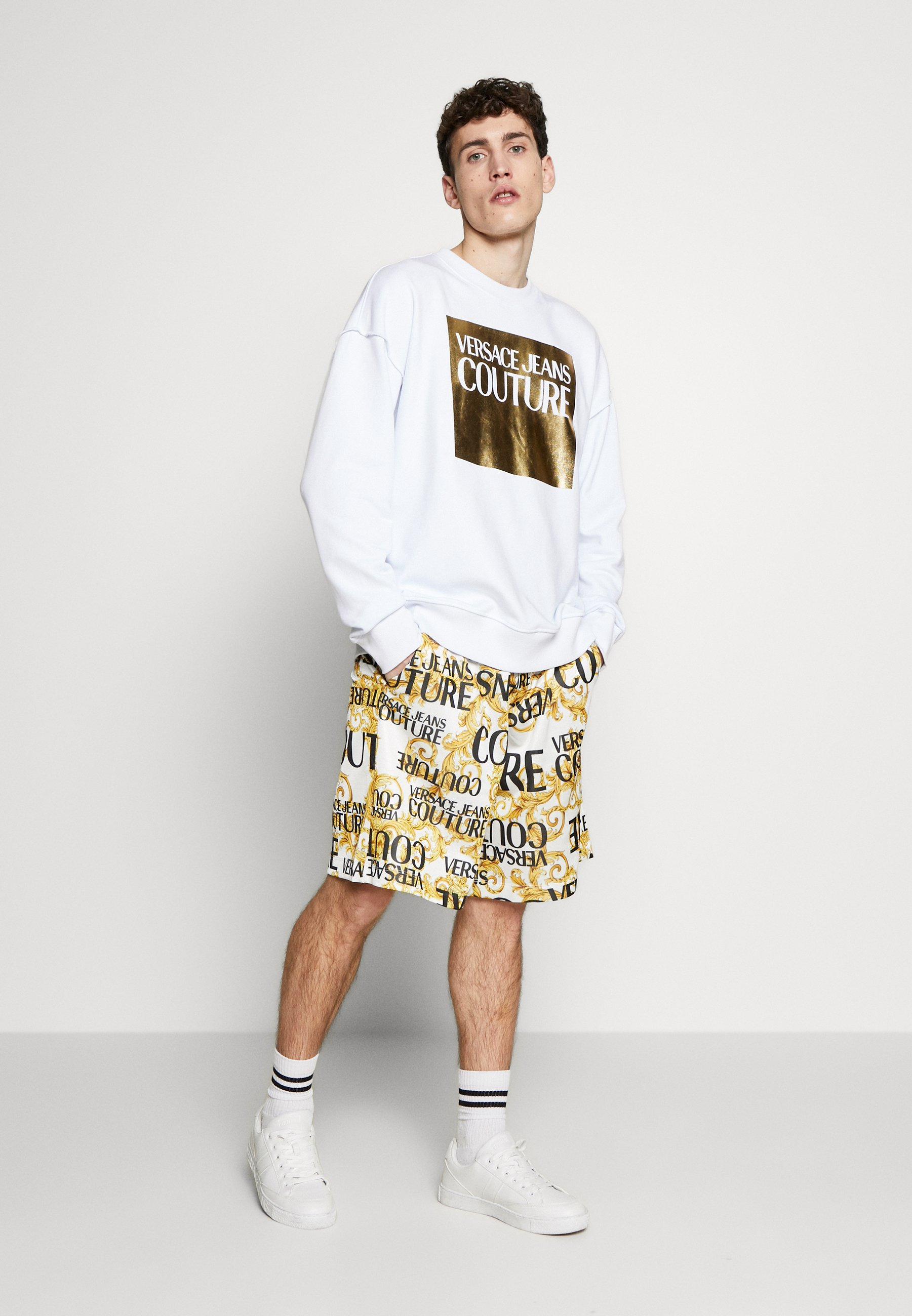 Versace Jeans Couture OVERSIZE WITHOUT THE BE BAROQUE PATCH - Felpa - white