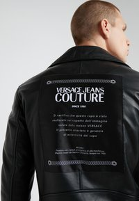 Versace Jeans Couture - CAPOSPALLA  - Leather jacket - nero - 7