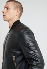 Versace Jeans Couture - GIUBBETTI UOMO - Kožená bunda - nero - 5