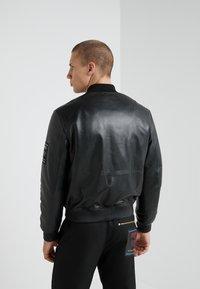 Versace Jeans Couture - GIUBBETTI UOMO - Kožená bunda - nero - 2