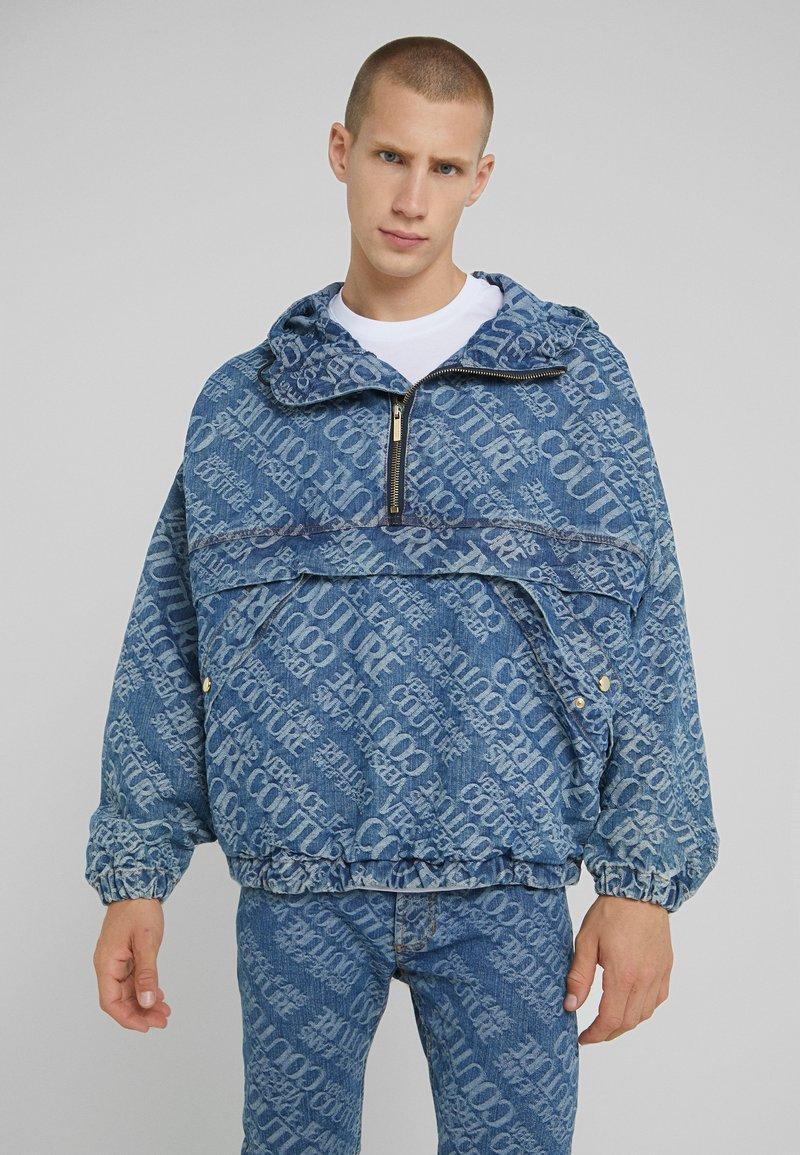 Versace Jeans Couture - Džínová bunda - blue denim