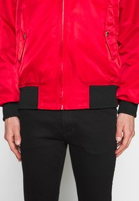 Versace Jeans Couture - REVERSIBLE BOMBER - Bomber Jacket - red - 4