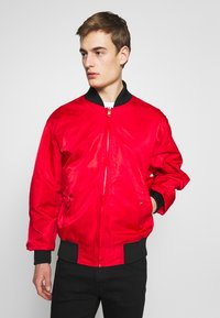 Versace Jeans Couture - REVERSIBLE BOMBER - Bomber Jacket - red - 3