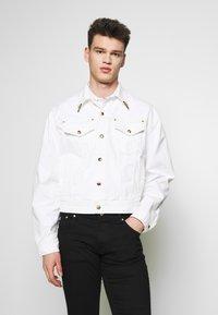 Versace Jeans Couture - JACKET ICON - Džínová bunda - white - 0