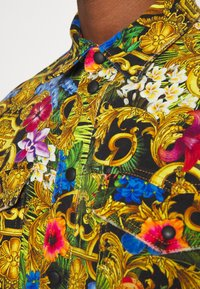 Versace Jeans Couture - JACKET ALLOVER PRINT - Jeansjacke - multi - 5