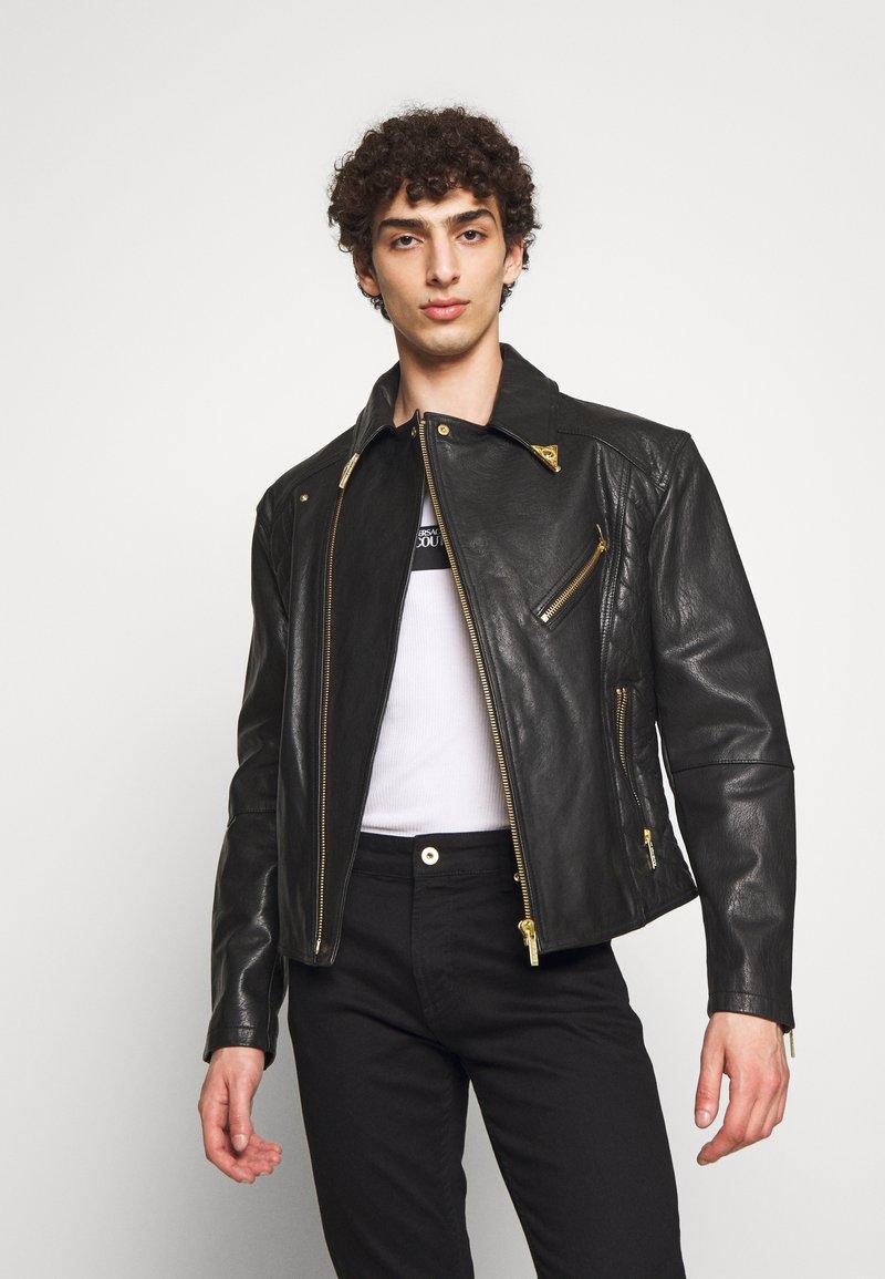 Versace Jeans Couture - JACKET - Veste en cuir - black