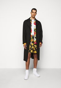 Versace Jeans Couture - DIAGONAL COAT MIRO - Zimní kabát - nero - 0
