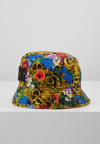 Versace Jeans Couture - BAROQUE PRINTED BUCKET HAT - Hat - multi-coloured - 4