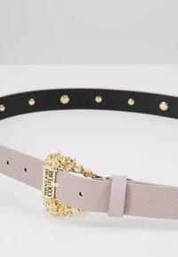 Versace Jeans Couture - Gürtel - wisteria - 5