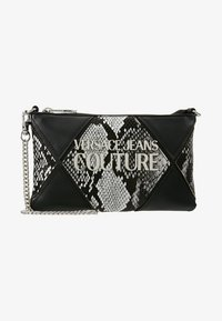 Versace Jeans Couture - Clutch - black - 5