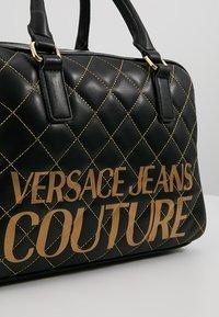 Versace Jeans Couture - QUILTED HANDBAG - Handtas - nero - 6