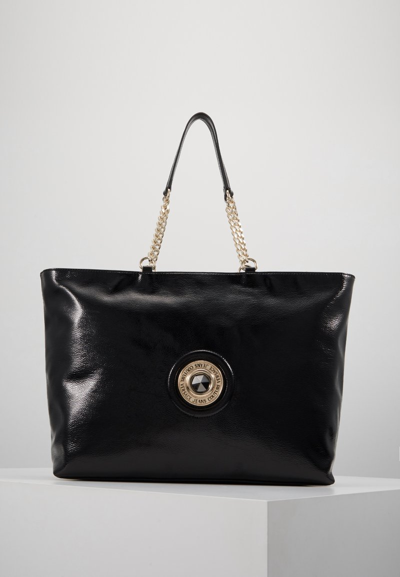 Versace Jeans Couture - ROUND BUTTON PATENT - Shopping bag - nero