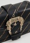 Versace Jeans Couture - LOGATA BUCKLE - Torba na ramię - black