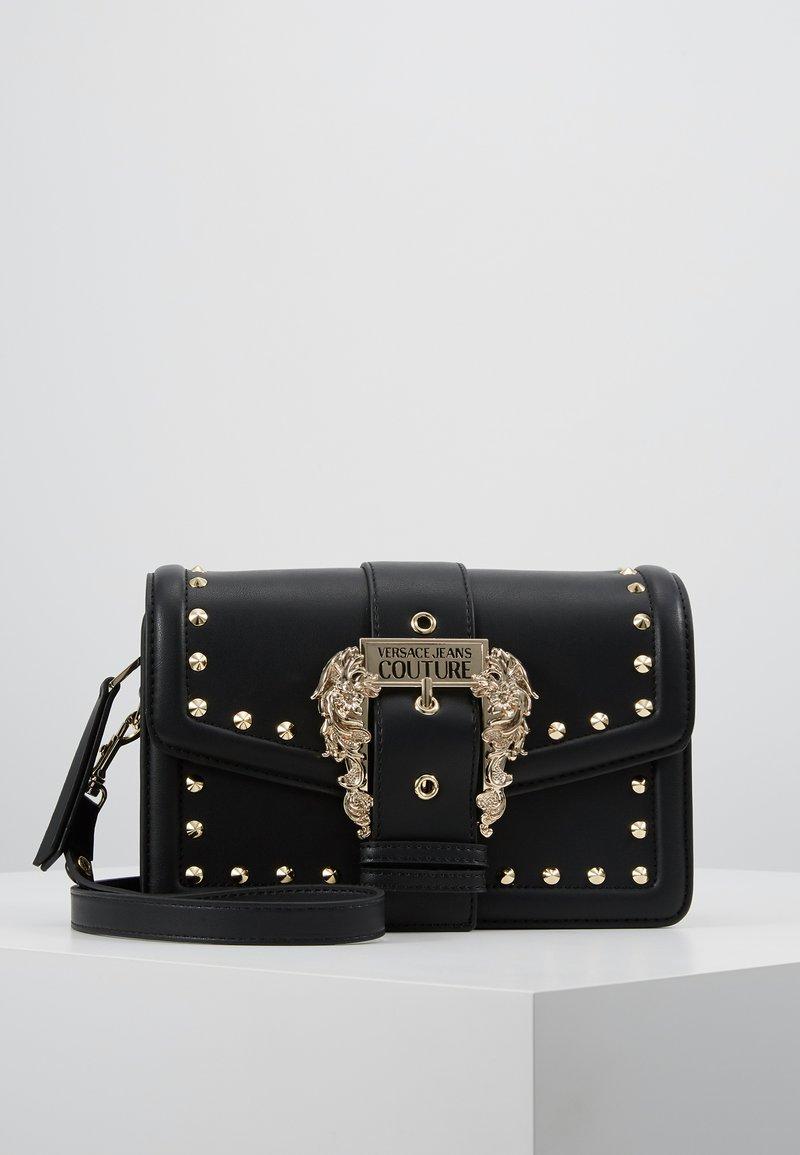 Versace Jeans Couture - LOGATA BUCKLE - Schoudertas - black