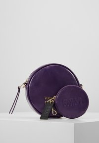 Versace Jeans Couture - Across body bag - purple - 5