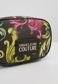 Versace Jeans Couture - HERITAGE - Heuptas - black - 6