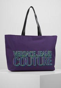Versace Jeans Couture - Velká kabelka - purple - 0