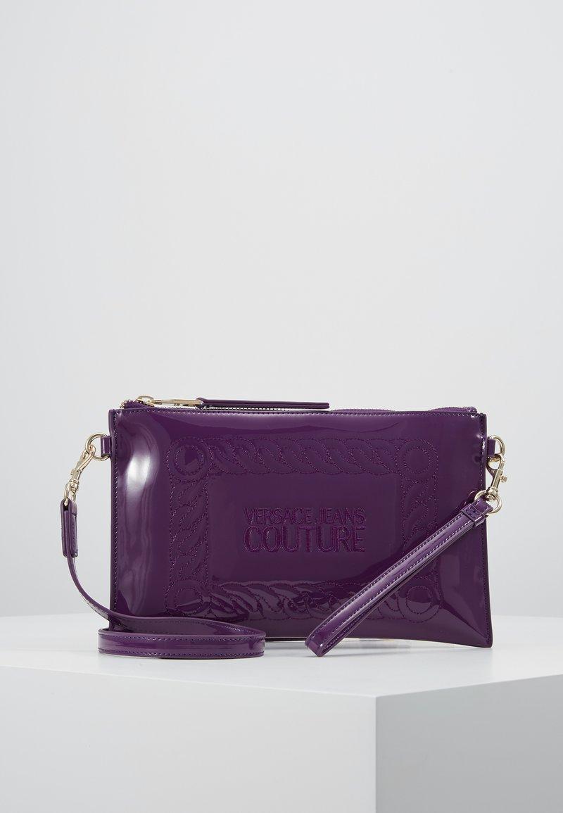Versace Jeans Couture - Psaníčko - purple