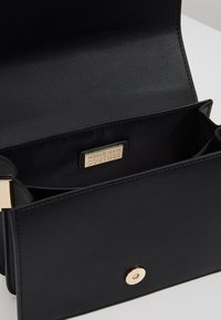 Versace Jeans Couture - Across body bag - black/gold - 4