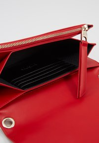 Versace Jeans Couture - Borsa a tracolla - red - 5