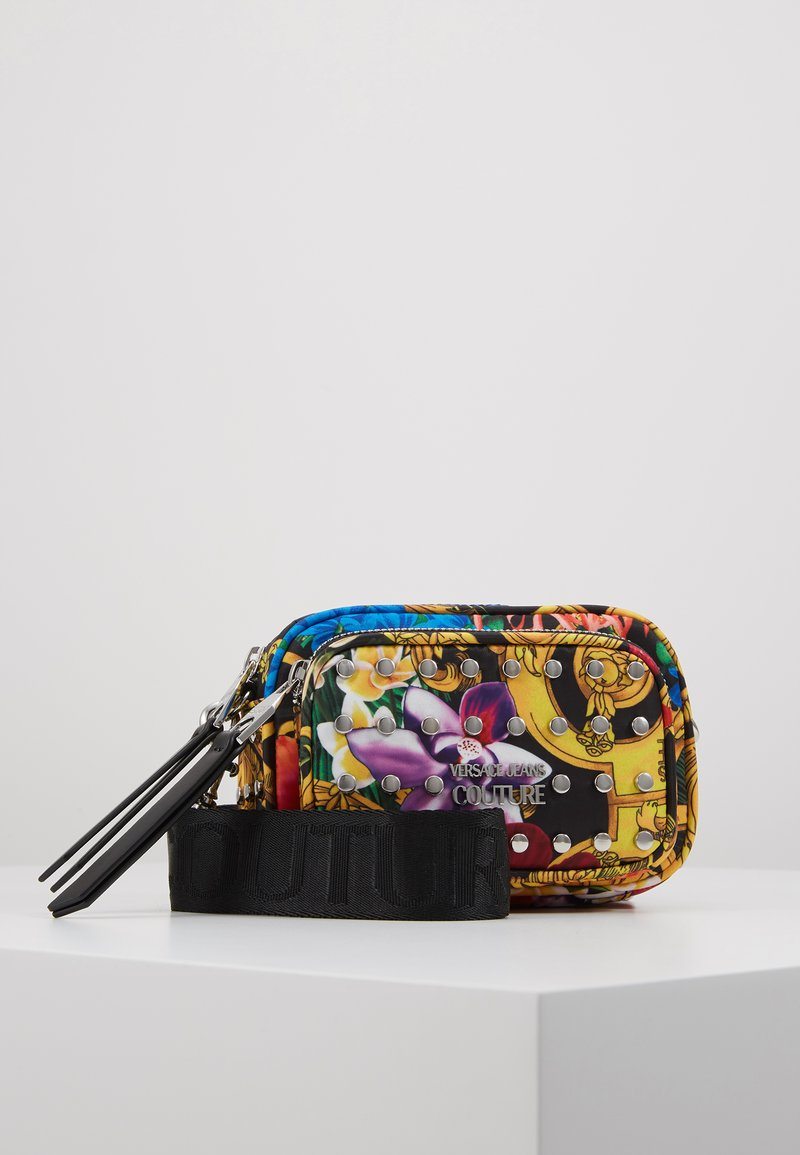 Versace Jeans Couture - BAROQUE PRINT CAMERA - Across body bag - multi