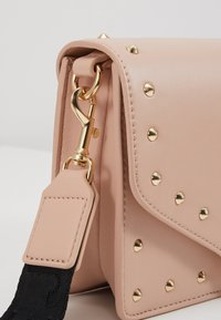 Versace Jeans Couture - STUDDED FLAP OVER - Across body bag - naked pink - 2