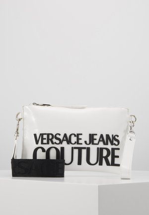 PATENT POUCH ON STRAP LOGO - Clutch - white