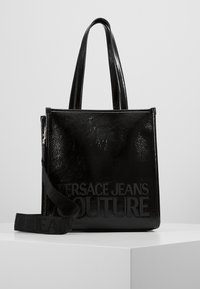 Versace Jeans Couture - PATENT LOGO TOTE - Torebka - black - 0