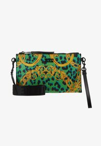 Versace Jeans Couture - LEOPARD BAROQUE POUCH - Clutch - frog - 6