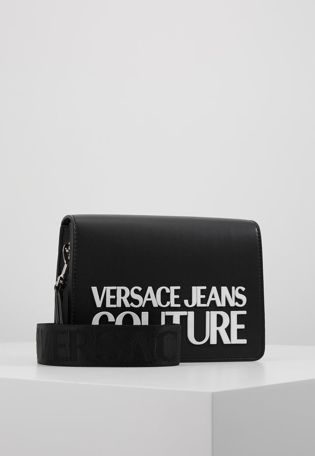 MACRO LOGO FLAPOVER - Across body bag - black