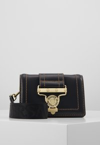 Versace Jeans Couture - BELT BAG BUCKLE - Rumpetaske - nero - 0