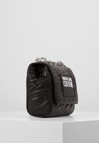 Versace Jeans Couture - QUILTED CHAIN - Sac bandoulière - nero - 3