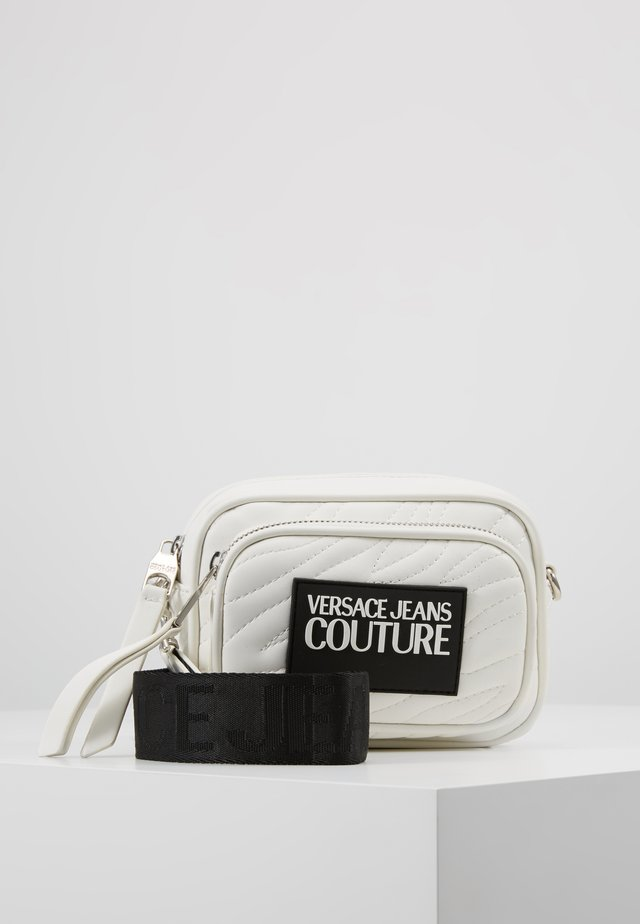 QUILTED MINI CAMERA - Across body bag - bianco