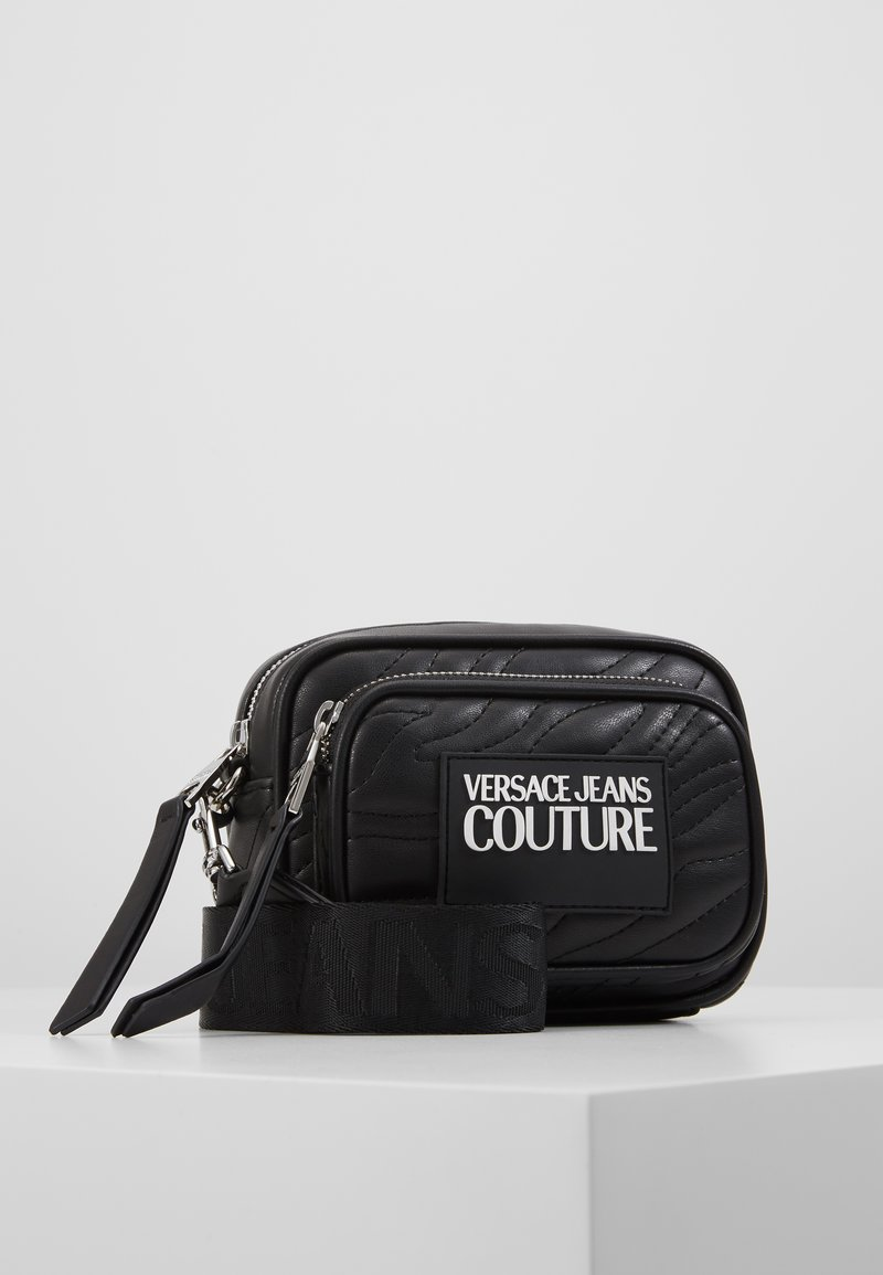 Versace Jeans Couture - QUILTED MINI CAMERA - Taška spříčným popruhem - nero