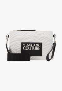 Versace Jeans Couture - QUILTED POUCH WITH STRAP - Clutch - bianco - 4