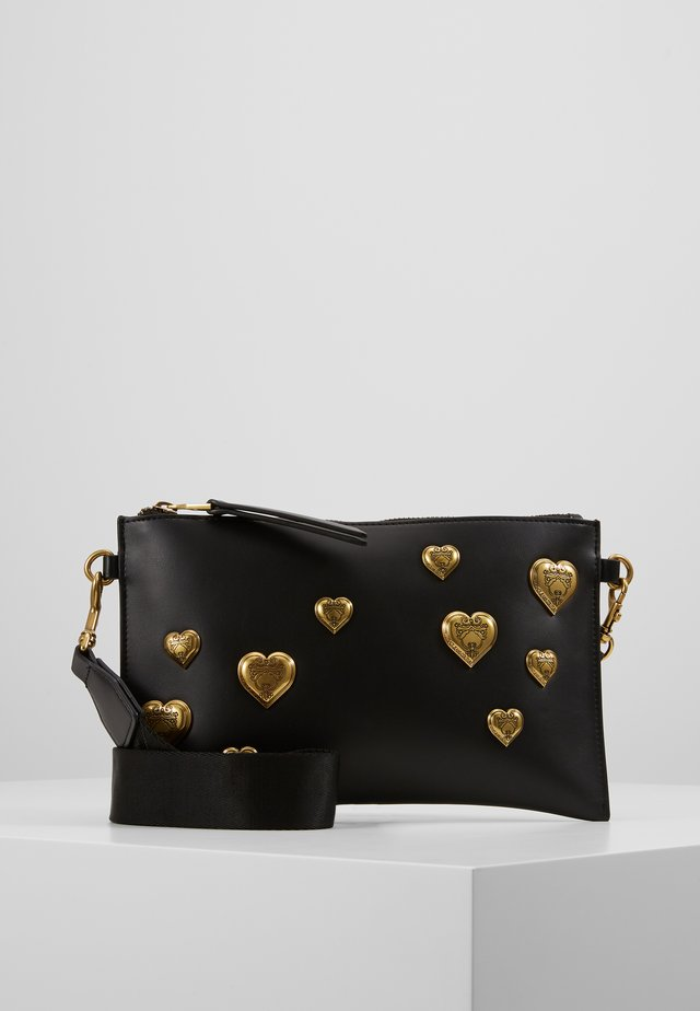 HEARTS POUCH ON STRAP - Clutch - nero