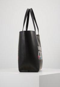 Versace Jeans Couture - REVERS PRINT LOGO SET - Handtas - multicolour - 3