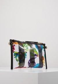 Versace Jeans Couture - TRANSPARENT MED POUCH STRAP - Clutch - multicolour - 3
